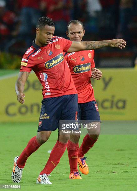 Carlos Monsalvo of Independiente Medellin celebrates after scoring the third goal of his team during a semifinal match between Medellin and Deportes...