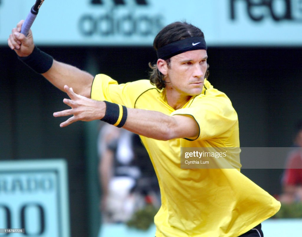 2004 French Open - Men's Third Round - Carlos Moya vs Rainer Sluiter