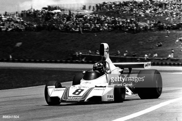 Carlos Pace, Brabham-Ford BT44B, Grand Prix of Brazil, Interlagos, 26 January 1975. Carlos Paceon his way to victory in the 1975 Brazilian Grand Prix.