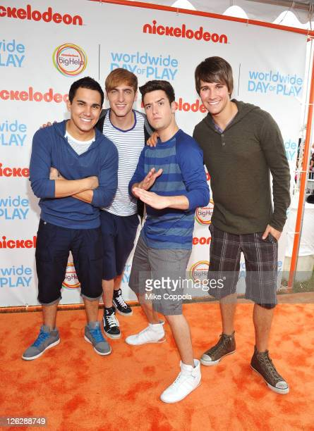 Carlos Pena Kendall Schmidt Logan Henderson and James Maslow of Big Time Rush celebrate Nickelodeon's largest ever Worldwide Day of Play at the...