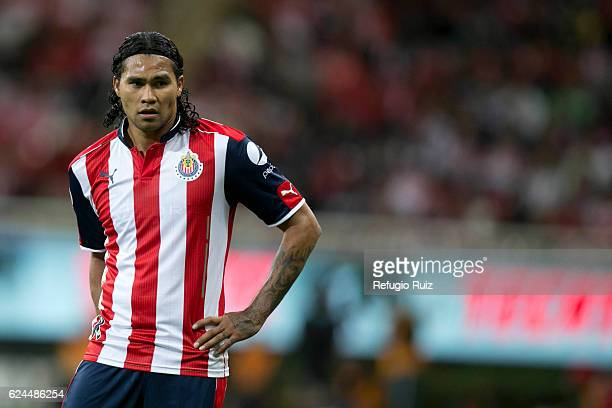 Carlos Pena of Chivas looks on during the 17th round match between Chivas and Necaxa as part of the Torneo Apertura 2016 Liga MX at Chivas Stadium on...