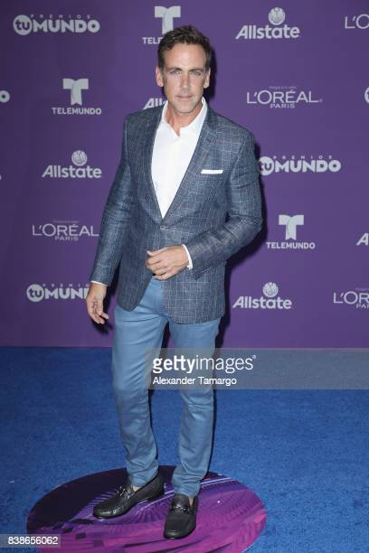 Carlos Ponce arrives at Telemundo's 2017 'Premios Tu Mundo' at American Airlines Arena on August 24 2017 in Miami Florida