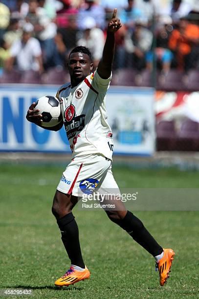Carlos Preciado of Leon de Huanuco celebrates after scoring the first goal of his team during a match between Leon de Huanuco and Sporting Cristal as...