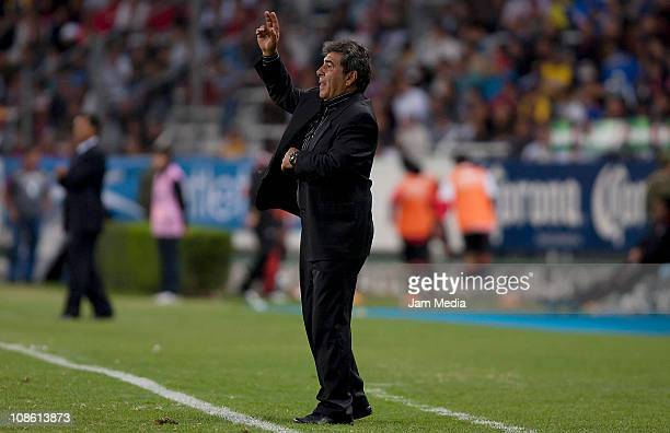 Carlos Reinoso coach of America reacts during a match as part of the Clausura 2011 at Jalisco Stadium on January 29 2011 in Guadalajara Mexico