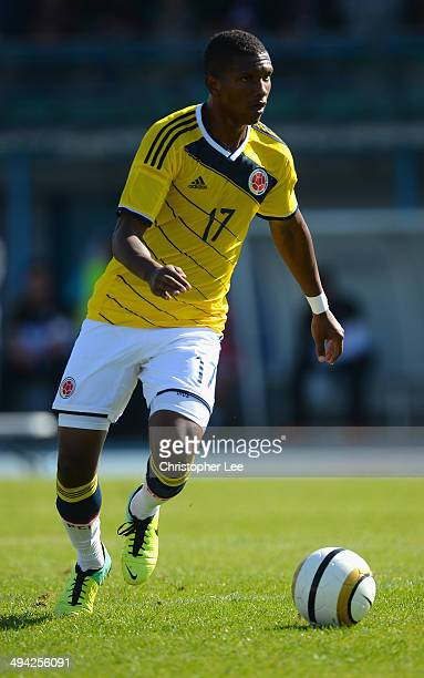 Carlos Renteria of Colombia in action during the Toulon Tournament Group B match between Colombia and Qatar at the Stade De Lattre on May 28, 2014 in...