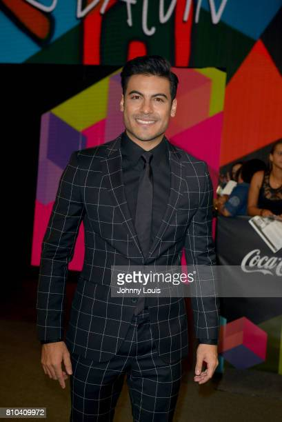 Carlos Rivera attends the Univision's 'Premios Juventud' 2017 Celebrates The Hottest Musical Artists And Young Latinos ChangeMakers at Watsco Center...