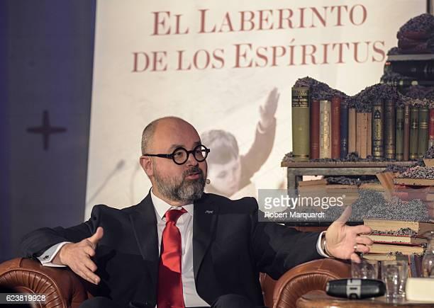 Carlos Ruiz Zafon presents his new book 'El Laberinto de los Espiritus' on November 17 2016 in Barcelona Spain