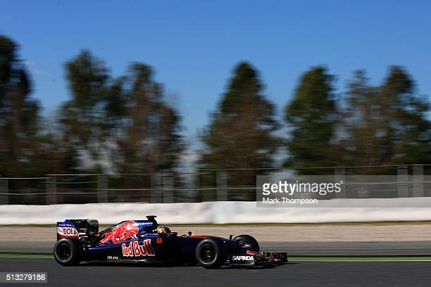 Carlos Sainz of Spain and Scuderia Toro Rosso drives during day two of F1 winter testing at Circuit de Catalunya on March 2 2016 in Montmelo Spain