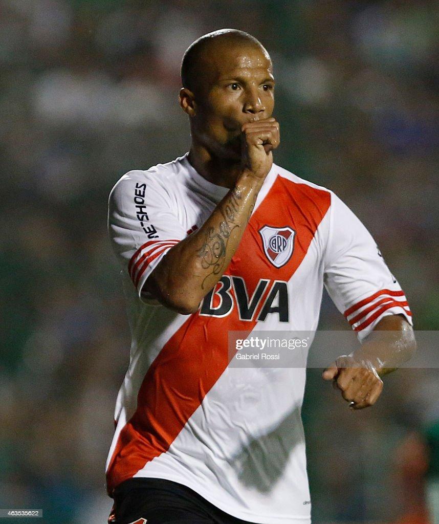 Sarmiento v River Plate - Torneo Primera Division 2015