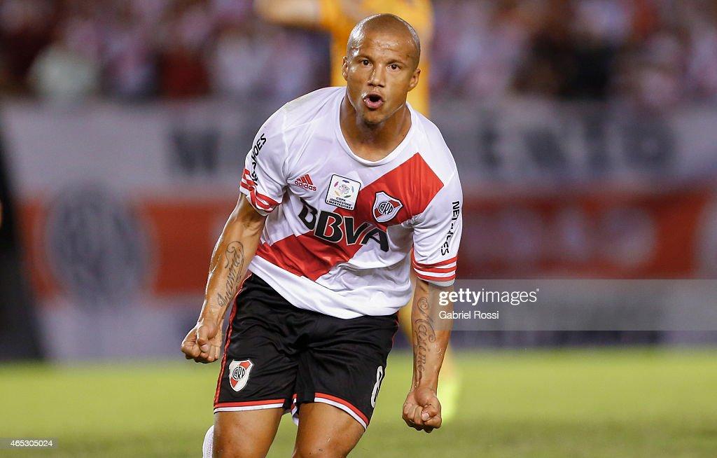 River Plate v Tigres - Copa Bridgestone Libertadores 2015