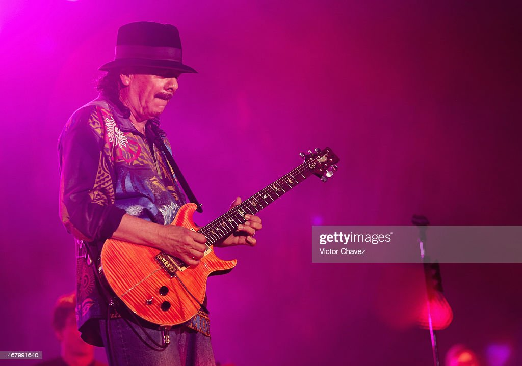 Carlos Santana Concert In Mexico City : News Photo