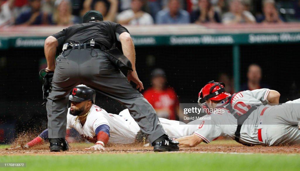 Philadelphia Phillies v Cleveland Indians : Foto jornalística