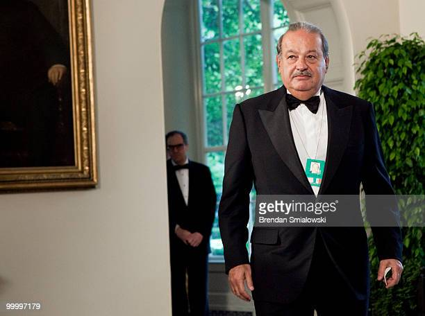 Carlos Slim chairman and CEO of Telmex Telcel and America Movil arrives at the White House for a state dinner May 19 2010 in Washington DC President...