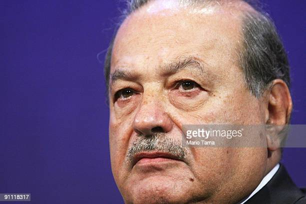 Carlos Slim Helu Chairman of the Board Grupo Carso SA de CV appears at the Clinton Global Initiative on September 24 2009 in New York City The Fifth...