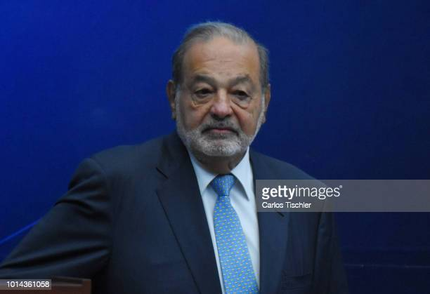 Carlos Slim Helu president of Grupo Carso during a meeting with representatives of the engineering organizations Mexican Union of Engineer...