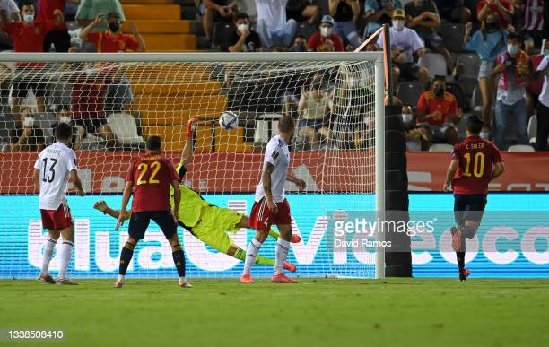 Carlos Soler of Spain scores their team's second goal during the 2022 FIFA World Cup Qualifier match between Spain and Georgia at Estadio de La...