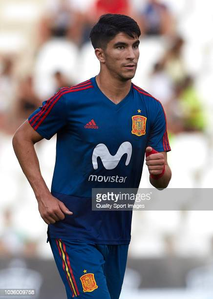 Carlos Soler of Spain warms up during the 2019 UEFA Under 21 qualifier match between Spain U21 and Albania U21 at Nuevo Arcangel Stadium on September...