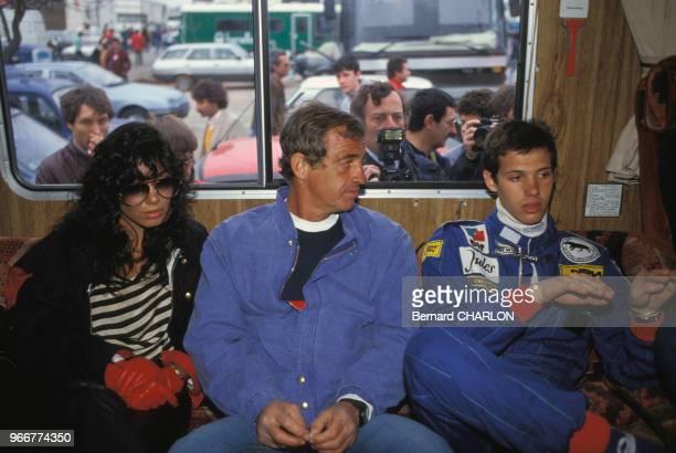 Carlos Sotto Mayor JeanPaul Belmondo et son fils paul au circuit du Castelet le 16 avril 1983 France