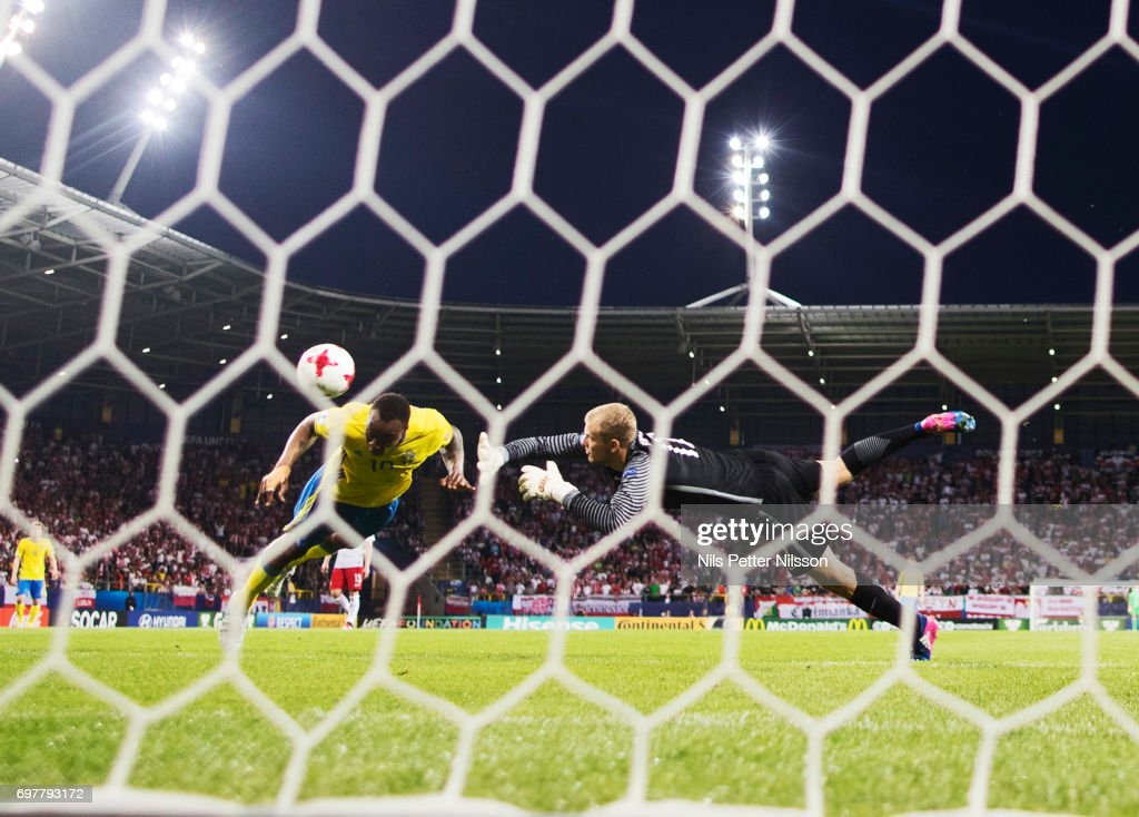 Carlos Strandberg of Sweden scores 1-1 during the UEFA U21 match between Poland and Sweden at Arena Lublin on June 19, 2017 in Lublin, Poland.