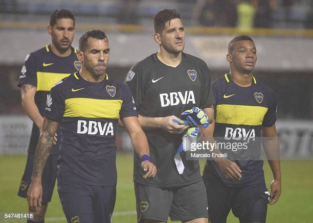 Carlos Tevez Agustin Orion and Frank Fabra of Boca Juniors look dejected after a second leg match between Boca Juniors and Independiente del Valle as...