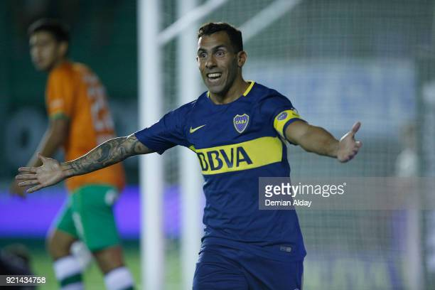 Carlos Tevez of Boca Juniors celebrates after scoring the first goal of his team during a match between Banfield and Boca Juniors as part of...