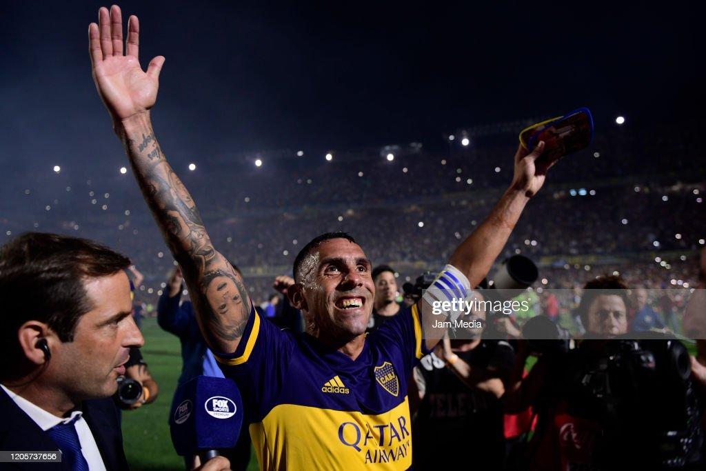 Boca Juniors v Gimnasia y Esgrima La Plata - Superliga 2019/20 : ニュース写真