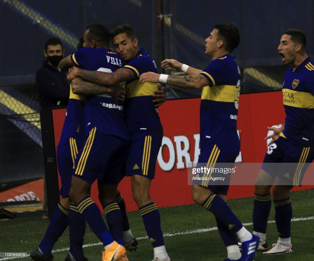 Boca Juniors vs. River Plate - Argentine Professional League Cup : News Photo