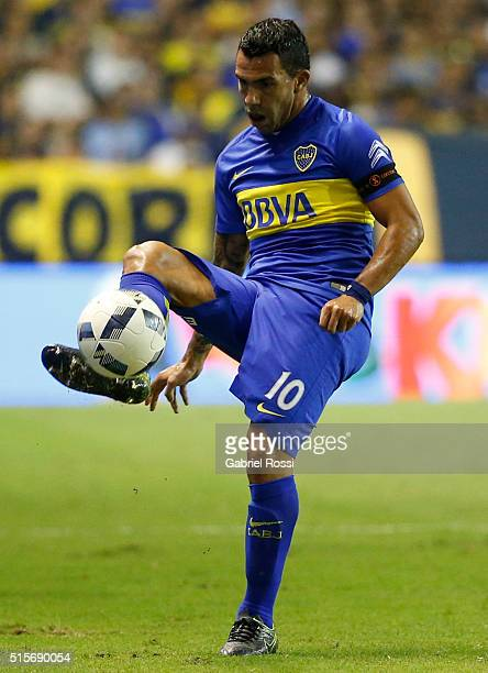 Carlos Tevez of Boca Juniors controls the ball during a match between Boca Juniors and Union as part of Torneo de Transicion 2016 at Alberto Jose...