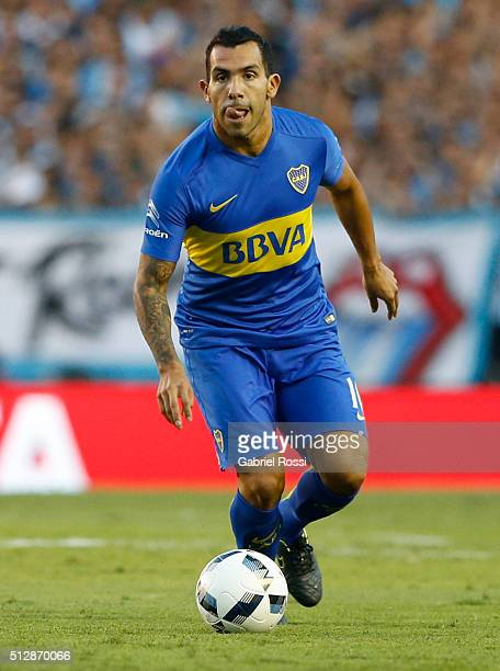 Carlos Tevez of Boca Juniors drives the ball during a fifth round match between Racing Club and Boca Juniors as part of Torneo Transicion 2016 at...