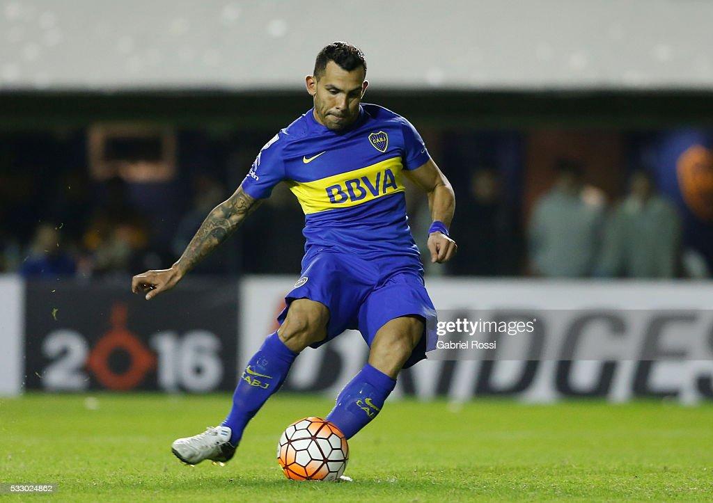 Boca Juniors v Nacional - Copa Bridgestone Libertadores 2016