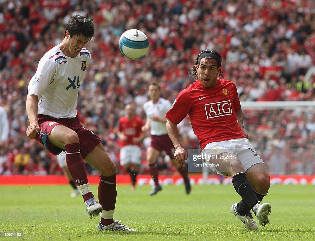Manchester United v West Ham United : News Photo