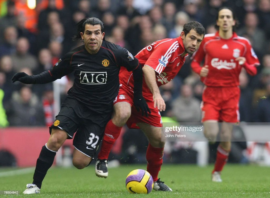 Liverpool v Manchester United : News Photo