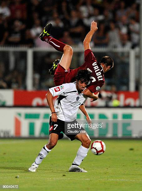 Carlos Valdez of Reggina and Ezequiel Schelotto of Cesena during the Serie B match between Cesena and Reggina at Dino Manuzzi Stadium on August 24,...