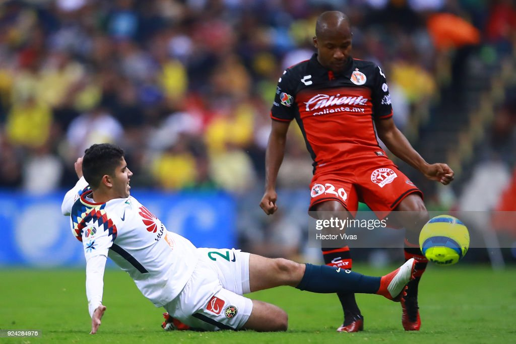 America v Tijuana - Torneo Clausura 2018 Liga MX