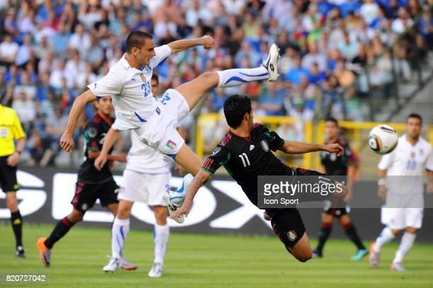 Carlos VELA / Leonardo BONUCCI Mexique / Italie Match amical a Bruxelles Preparation a la Coupe du Monde 2010 Stade Roi Baudouin