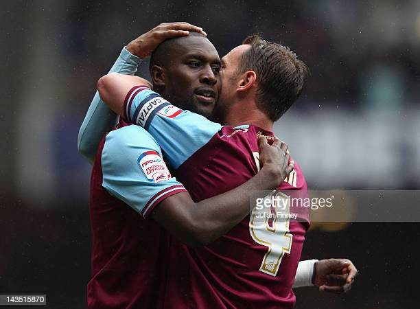 Carlton Cole of West Ham celebrates scoring with Kevin Nolan during the npower Championship match between West Ham United and Hull City at Boleyn...