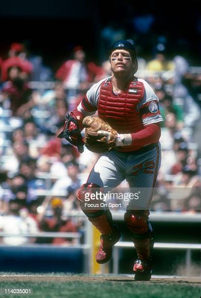 Carlton Fisk of the Chicago White Sox in action against the New York Yankees during a Major League Baseball game circa 1983 at Yankee Stadium in the...