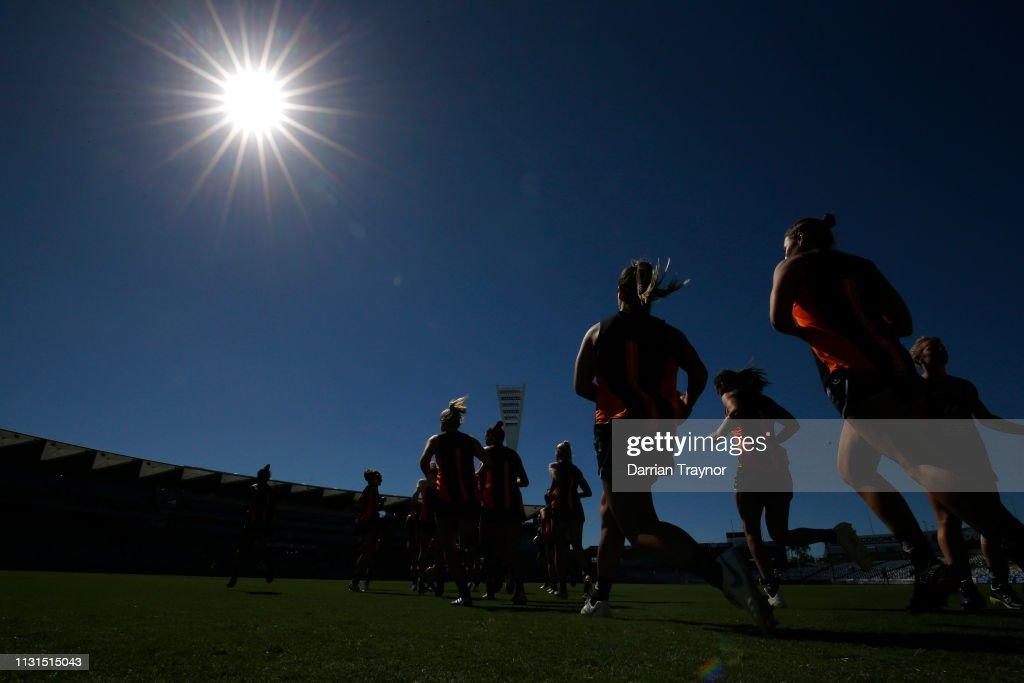 AUS: AFLW Rd 4 -  Geelong v Carlton