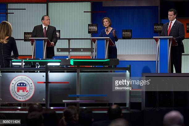 Carly Fiorina former chairman and chief executive officer of HewlettPackard Co and 2016 Republican presidential candidate center speaks as Rick...