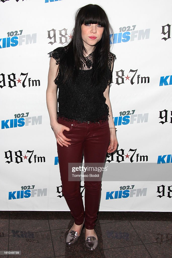 Carly Rae Jepsen attends the 102.7 KIIS FM and Star 98.7 host 5th annual celebrity and artist lounge celebrating the 55th annual GRAMMYS at ESPN Zone At L.A. Live on February 8, 2013 in Los Angeles, California.