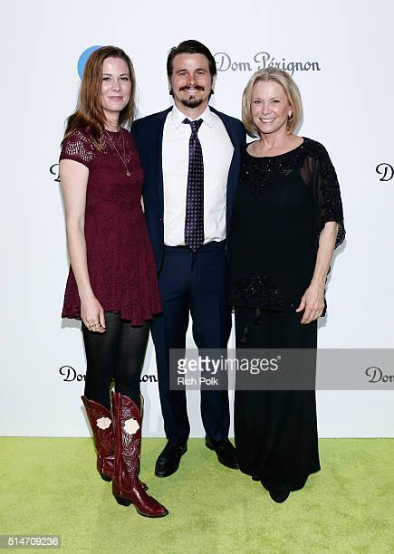 Carly Ritter actor Jason Ritter and Nancy Ritter arrive at the 20th Annual Los Angeles Gala Dinner hosted by Conservation International on March 10...