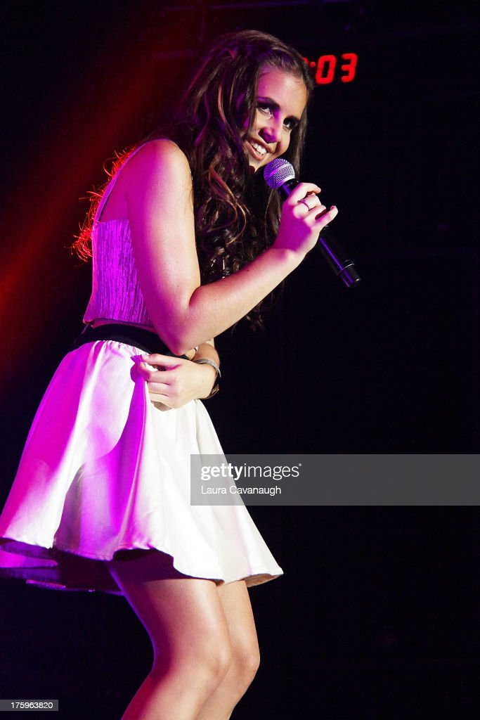 Michael Pollack And Carly Rose Sonenclar In Concert - New York, NY : News Photo