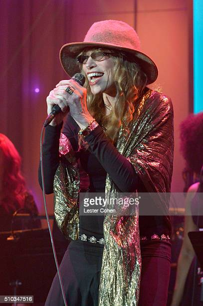 Carly Simon performs onstage during the 2016 PreGRAMMY Gala and Salute to Industry Icons honoring Irving Azoff at The Beverly Hilton Hotel on...
