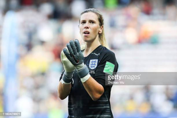Carly Telford of England thanks the fans after the 2019 FIFA Women's World Cup France 3rd Place Match match between England and Sweden at Stade de...