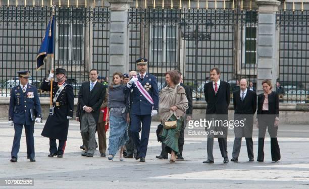 Carme Chacon, Alfredo Perez Rubalcaba, Jose Luis Rodriguez Zapatero, Queen Sofia, Prince Felipe and Princess Letizia attend the Pascua Militar...