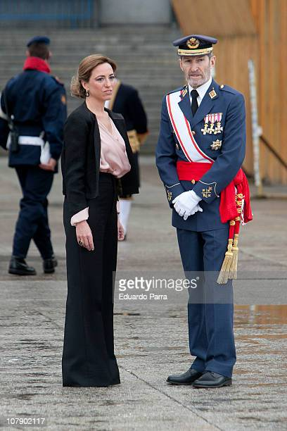 Carme Chacon and JEMAD Julio Jose Rodriguez attend the Pascua Military ceremony at Royal Palace on January 6 2011 in Madrid Spain