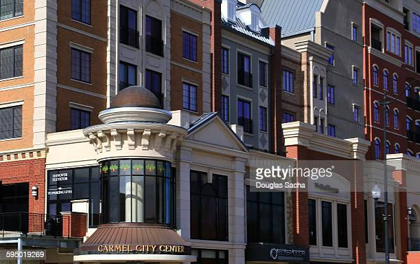 carmel business district - indiana stock pictures, royalty-free photos & images