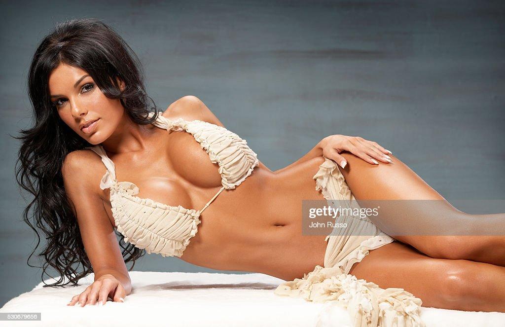 Carmella DeCesare, 2008 : News Photo