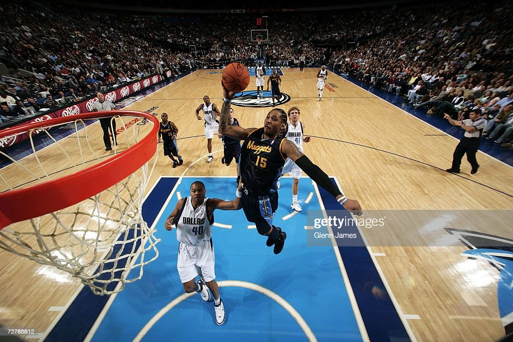 Denver Nuggets v Dallas Mavericks : Foto jornalística