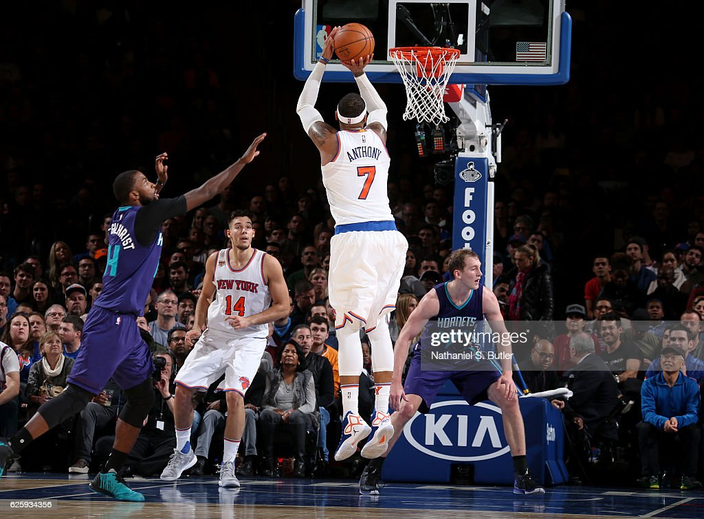 Carmelo Anthony #7 of the New York Knicks shoots the ball against the Charlotte Hornets at Madison Square Garden in New York, New York.